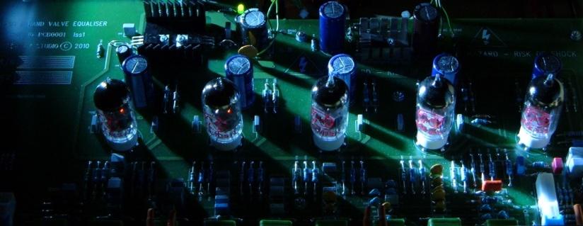 TEQ9B Glow